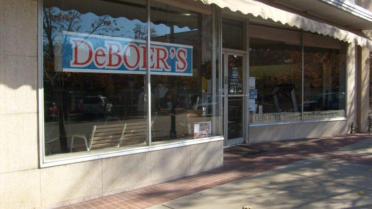 DeBoers Running Store