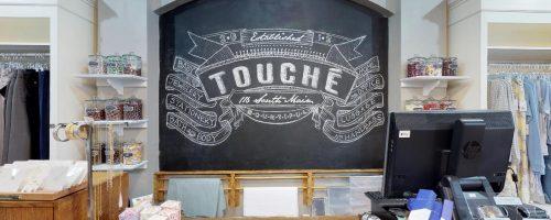 Touche_chalboard